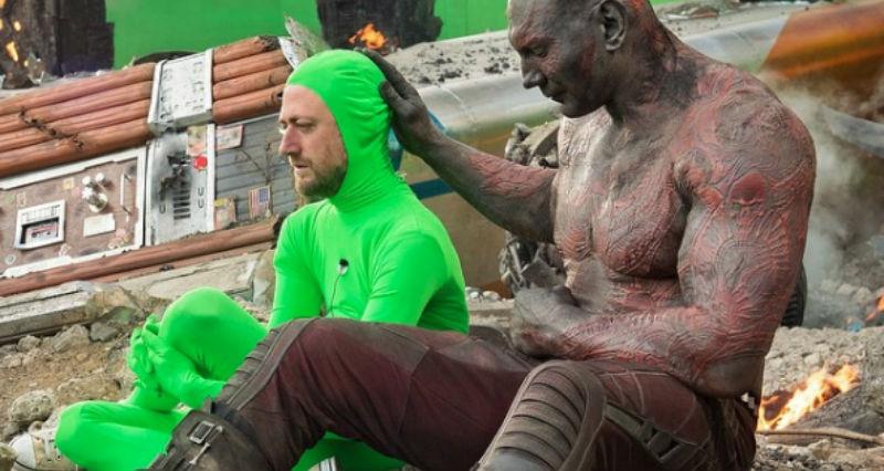 34 фотографии за кадром «Мстителей»: как персонажи выглядят до спецэффектов