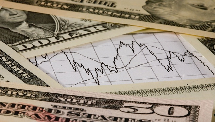 Россия почти в два раза сократила вложения в гособлигации США.