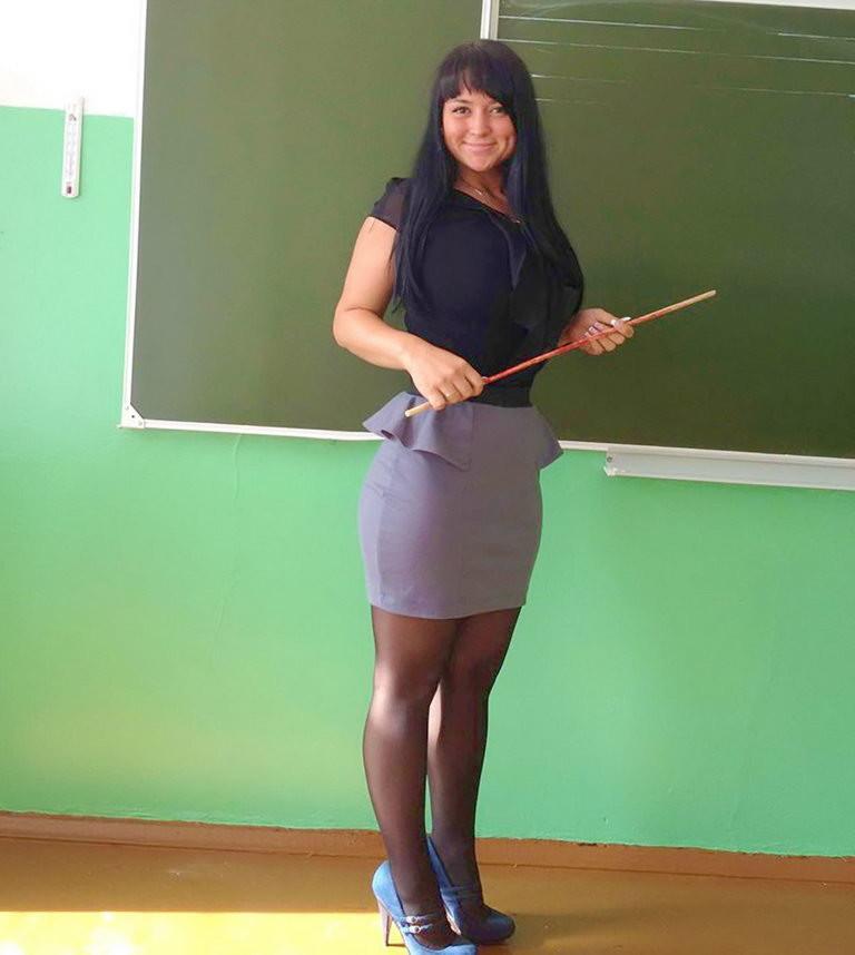 русских учителей в попу