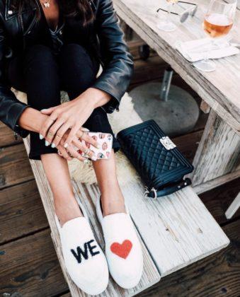С чем носить слипоны: модные советы