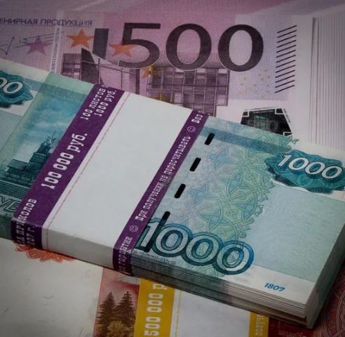Сколько денег должны России другие государства