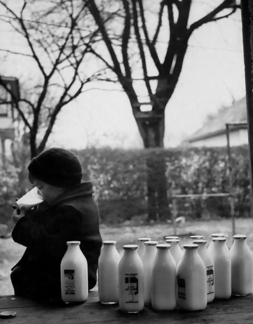 Шедевры от мастеров уличной фотографии: реальная жизнь в каждом снимке 1 18