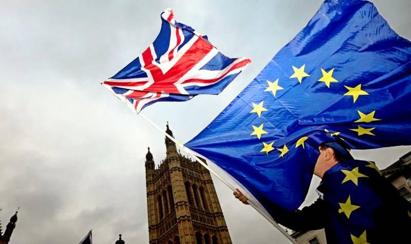 России нужно, чтобы Британия погромче «хлопнула европейской дверью»