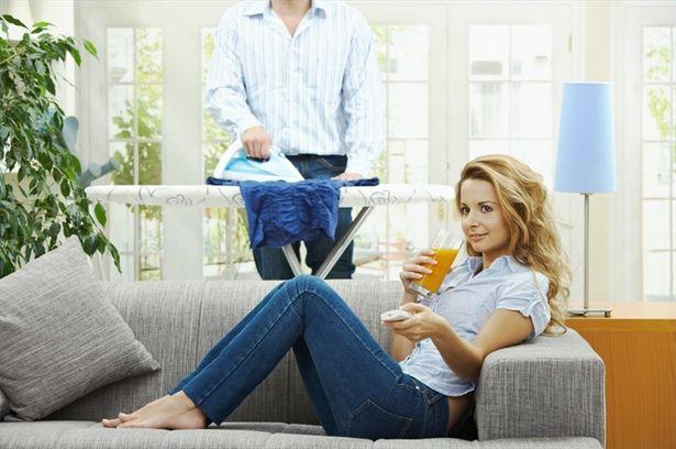 Муж-домохозяин - «не мужик».