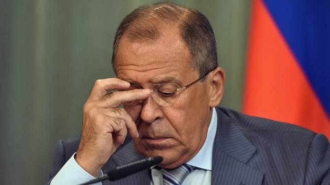 Лавров посетовал на жесткие законы России, регулирующие курение