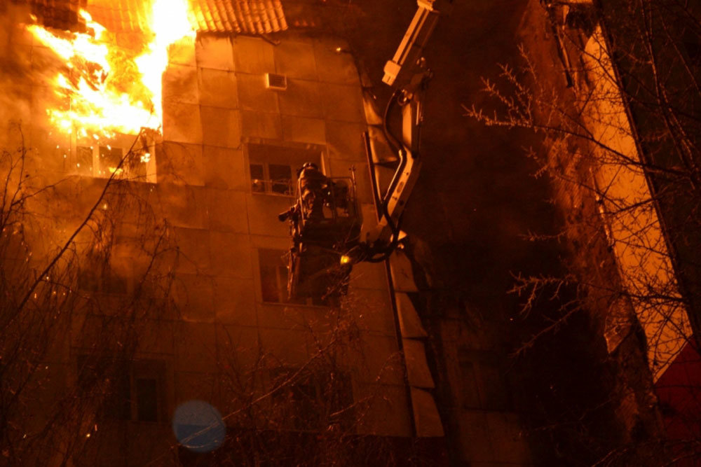 В Тюмени задержан подозреваемый в поджоге девятиэтажки