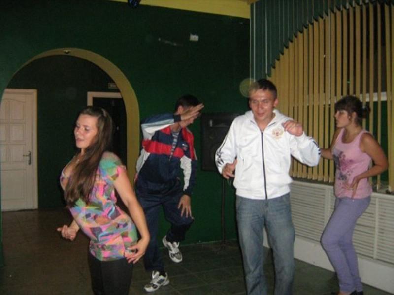 Едем, едем в соседнее село на дискотеку! (29 фото)