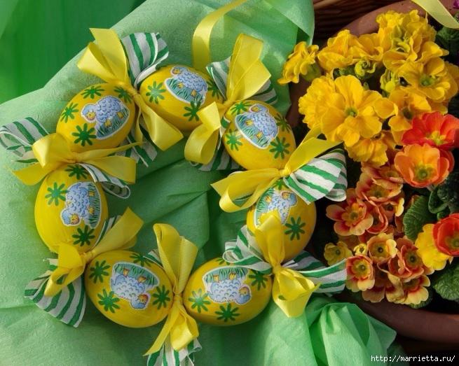 Желтенький пасхальный веночек из яиц (2) (655x523, 291Kb)