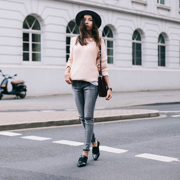 Серый — это новый синий. Самые актуальные джинсы сменили цвет!
