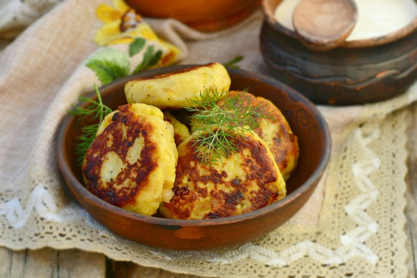 Картопляники с мясной начинкой