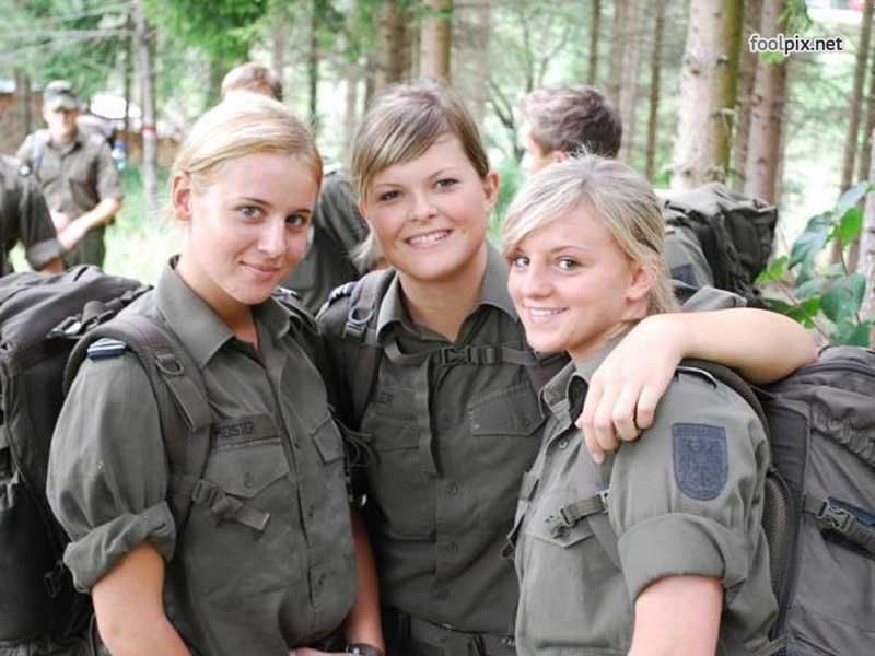Девушки на службе в армии фото 74