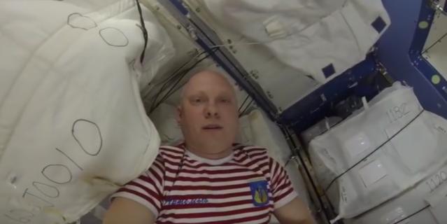 """""""Хочу такого друга"""": Американцы пришли в восторг от видео российского космонавта"""