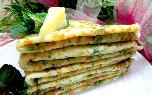 Сырные блинчики с зеленью можно кушать бесконечно...