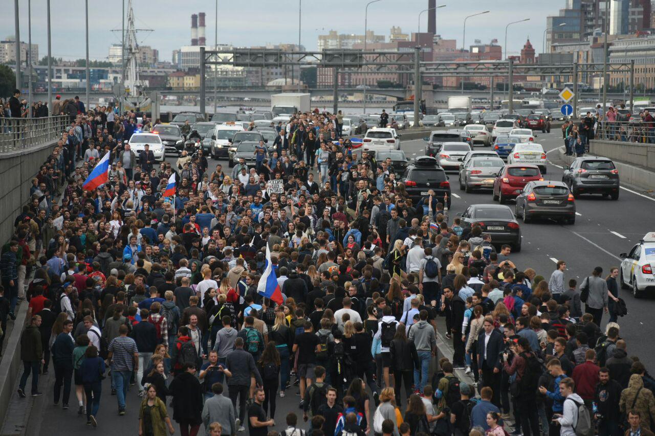 В Петербурге на акции против пенсионной реформы задержаны 500 человек