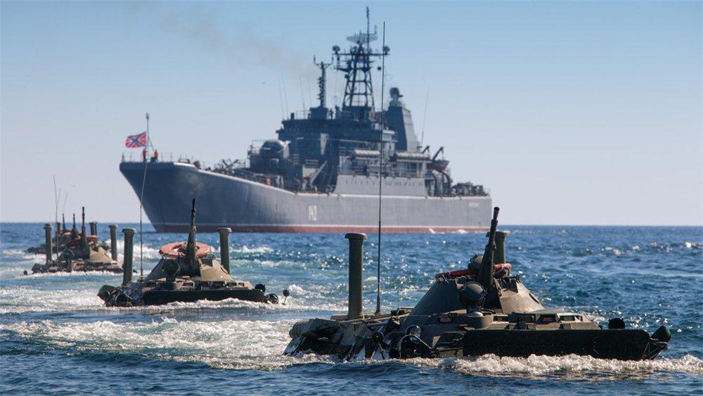 пассажирами перевернулся видео новости армии и флота россии за сегодня решение приняла