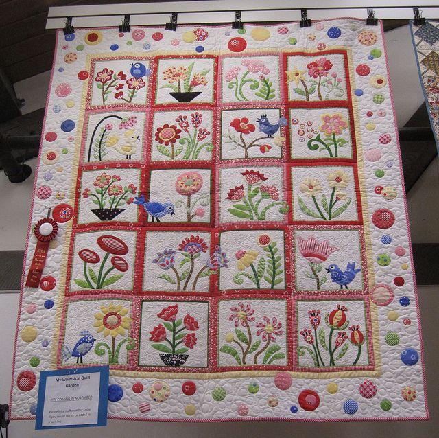 Prairie Queens | Мой капризный сад одеяло использованием Пэм Китти Утро ткани по Lakehouse.