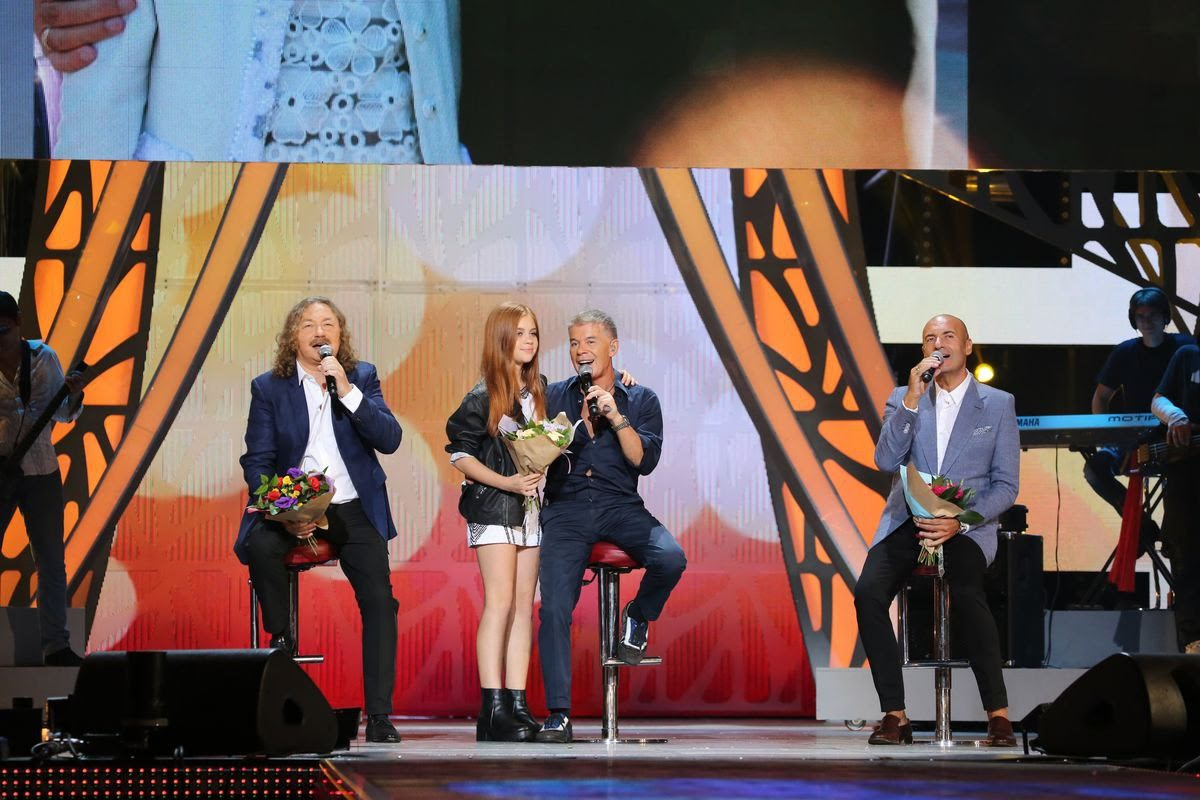 Игорь Николаев, Игорь Крутой и Олег Газманов спели для своих дочерей!