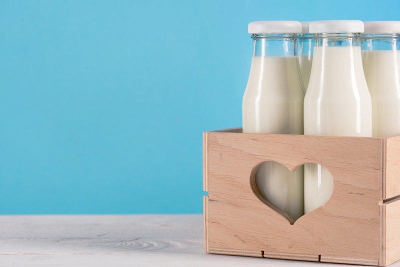 1. Молоко Сливочное масло, еда, йогурт, молоко, отравление, срок годности, условия хранения