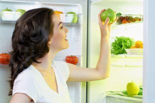 По полочкам. Как разложить продукты в холодильнике