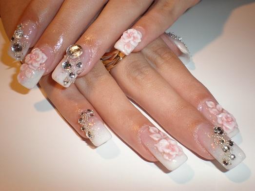 Нарощенные ногти невесты