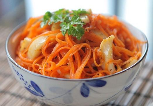 Салат морковь с кальмарами по-корейски