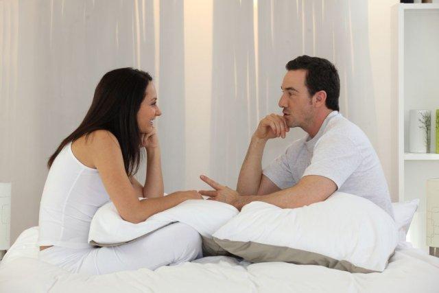 интимная жизнь в постели дома фото