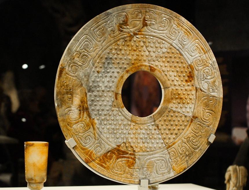 Китайская головоломка для археологов - загадка нефритовых дисков Би
