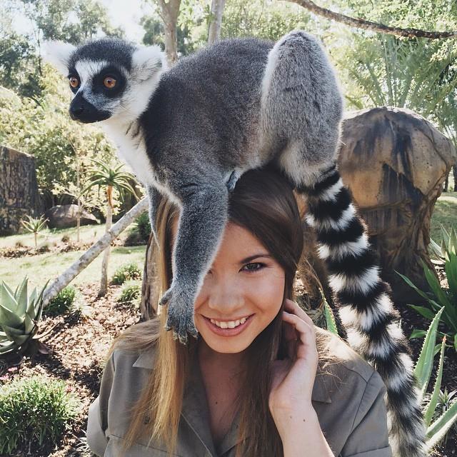 Дочь Охотника на крокодилов Стива Ирвина выросла и продолжает дело отца