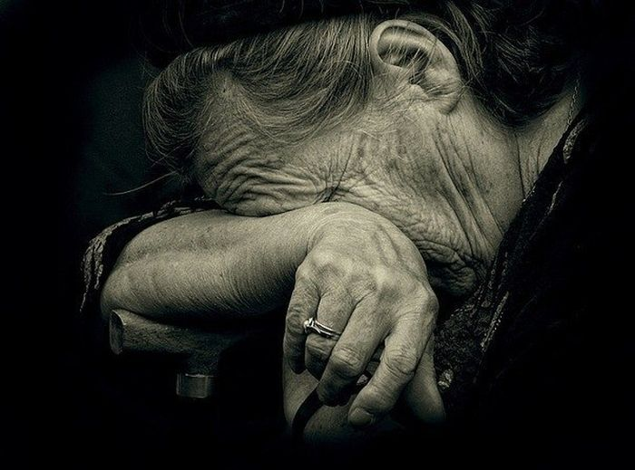 Ты доводил ее до слез. Многократно. мама, факты