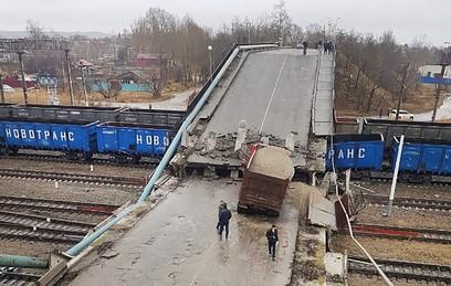 Уголовное дело о халатности завели после обрушения моста в Приамурье
