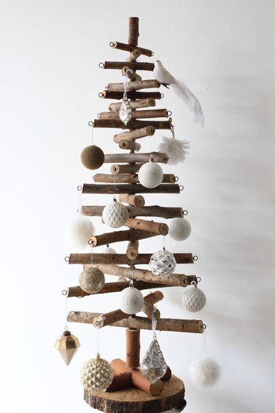 scandi-logs-wooden-christmas-tree-h.-120cm-[2]-31475-p[ekm]400x600[ekm]