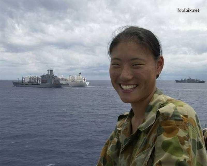 Девушки на службе в армии фото 7