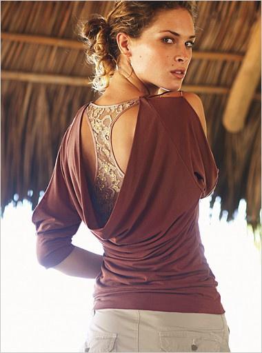 Блузка-качель с кружевной ставкой (выкройка)
