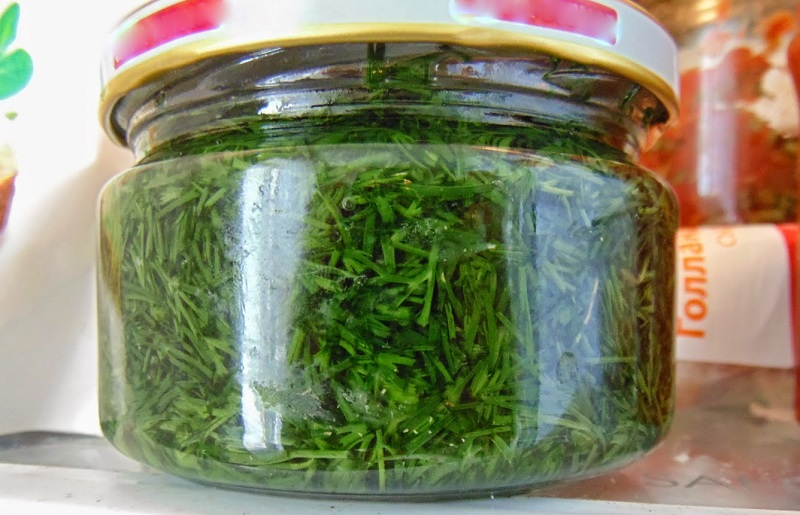 Как сохранить свежую зелень без консервации и заморозки? Зеленое масло в банке!