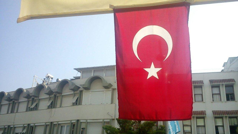 Действие режима ЧП после попытки госпереворота завершилось в Турции