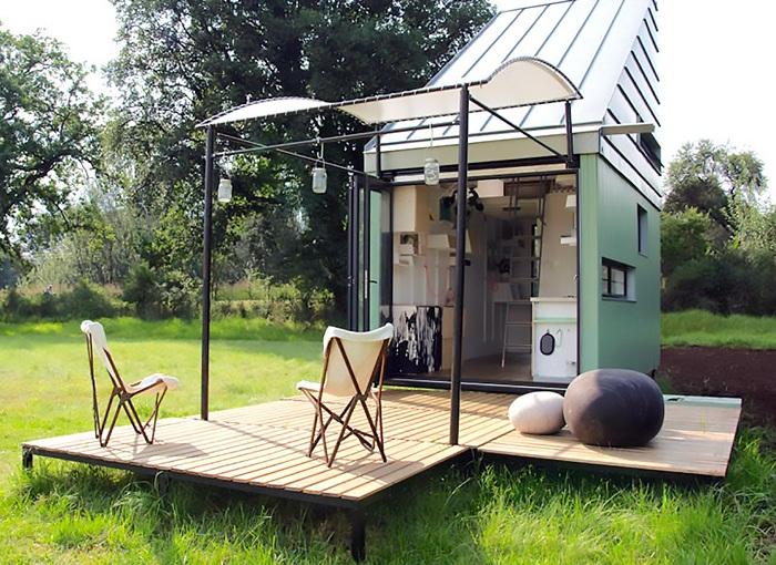 Модульный домик площадью всего 17 кв. метров - отличный вариант домика для дачи