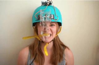 Ужасный и беспощадный робот для чистки зубов