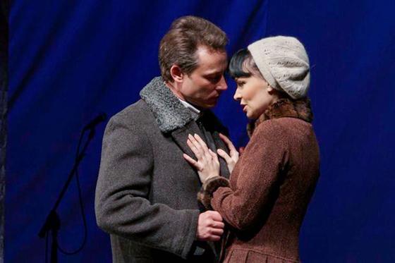 Спектакль «Варшавская мелодия» стал поводом для совместных гастролей Нонны Гришаевой и Дмитрия Исаева