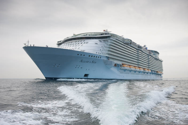 Очарование морей – cамый большой круизный лайнер