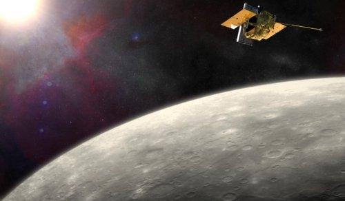 Аппарат MESSENGER возле Меркурия