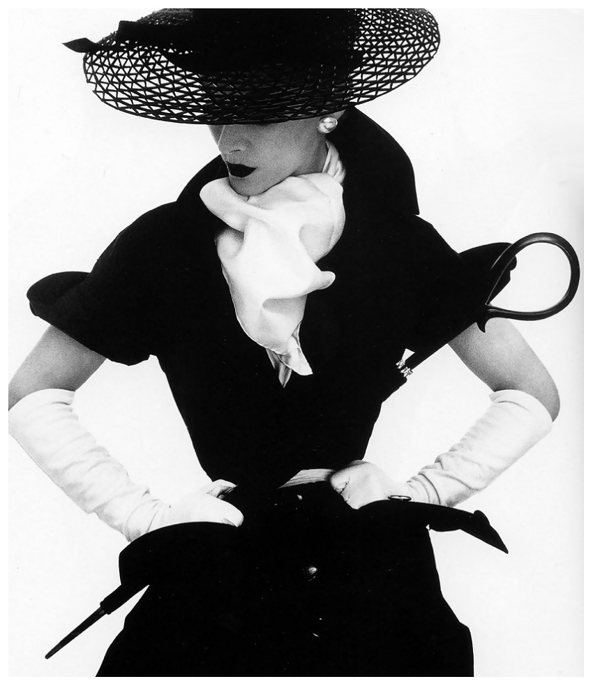 Lisa in hat by Lilly Dachè, New York, Vogue, April 1, 1950 Photo Irving Penn.jpg