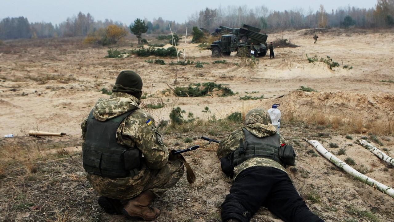 Пять украинских диверсантов подорвались на мине при попытке проникновения в ЛНР