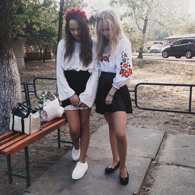 Русские школьницы в юбках
