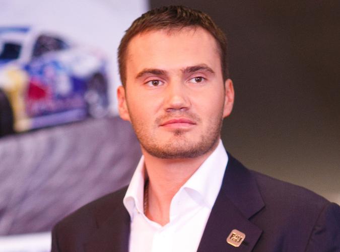 СМИ: Сын Януковича утонул в …