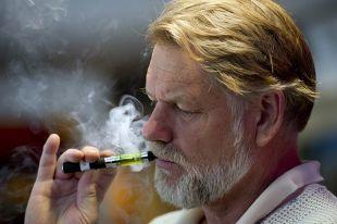 Электронные сигареты уменьшают шанс бросить курить