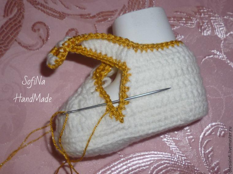 Вяжем пинетки для малышей