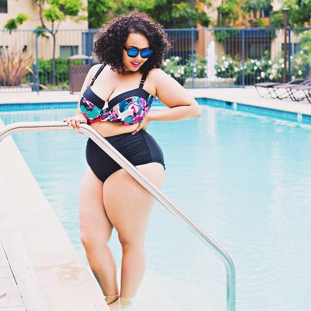 17 причин, почему полным девушкам не стоит носить открытые купальники