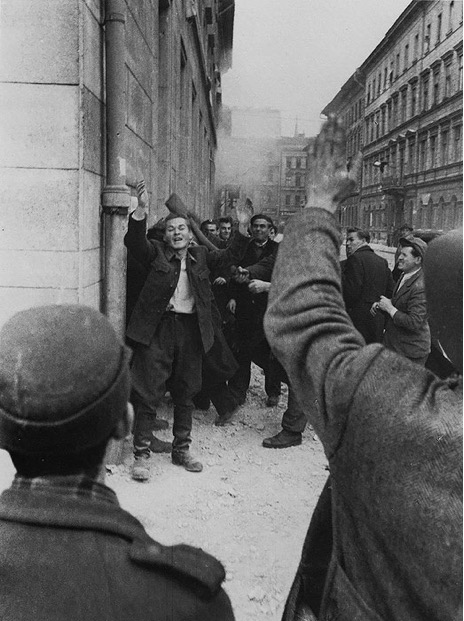 Венгрия 1956 год – как фашисты убивали коммунистов (18 +)