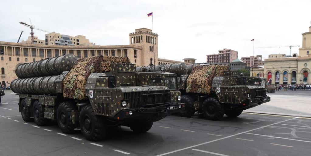 Россия планирует отменить поставки оружия Армении в ответ на действия Пашиняна