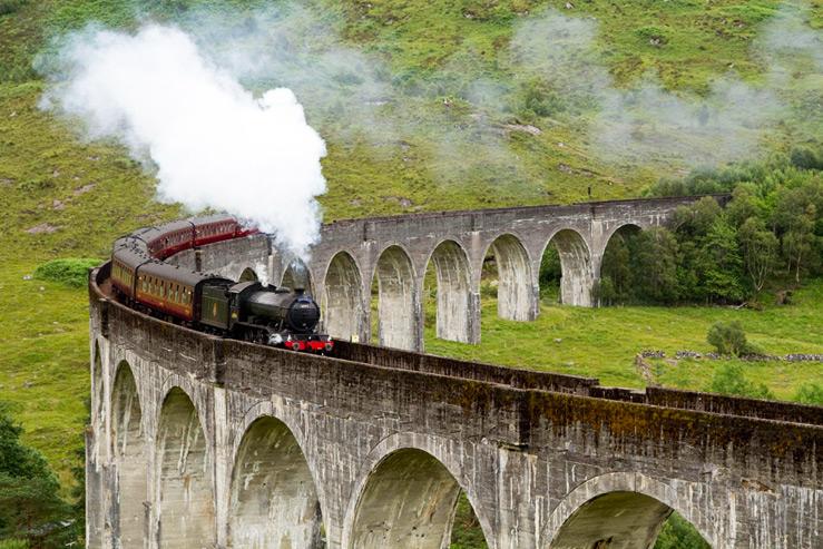 Пять самых интересных железнодорожных маршрутов мира